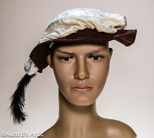 Renaissance Velour Floppy Peasant Or Noble Hat With Feather Costume Hat OS