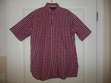 WRANGLER SHIRT Men's Collared button down front size SMALL Red Black Plaid