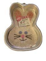 Wilton Easter / Spring Bunny Rabbit Face Cake Pan #2105-2074 Aluminum Mold 13x9