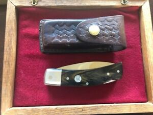 SMITH & WESSON 109W FOLDING LOCK BACK KNIFE WITH LEATHER CASE & WOOD BOX