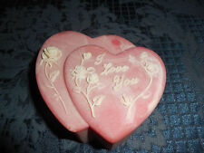 """VTG DESIGN GIFTS PINK DOUBLE HEART TRINKET BOX """"I LOVE YOU"""" WITH WHITE ROSES EUC"""