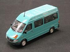Minichamps Mercedes-Benz Sprinter Break 1:43 Turquoise (JS)