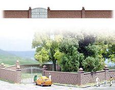 Busch 6014 Brick Wall with Iron Gate - HO Gauge  New - 1st Class Post