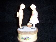 "Willitts Design Boy & Girl Figurine 1986 Euc Plays ""As Time Goes By"""