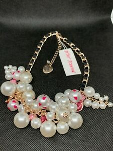 BETSEY JOHNSON Pave' Bows, Sparkly Pink Lips & Pearl Cluster Necklace NWT $125