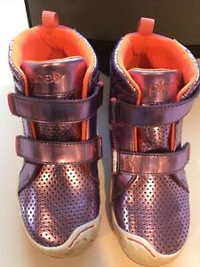 Plae Girls Sneakers Size 2.5 Excellent Condition