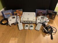 Sega dreamcast console bundle job lot inc 4 games, 2 pads, 2xVMU,  VGC