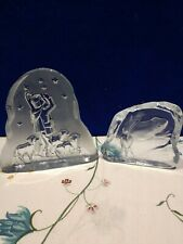2 Pieces Of Crystal Paperweights