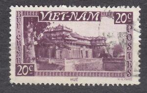 WIETNAM VIETNAM Fr. 1951 used SC#02 20c stamp, Imperial Palace, Hue.