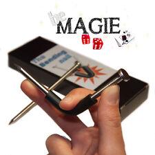 Clou tordu magique - The Bending Nail - Tour de magie