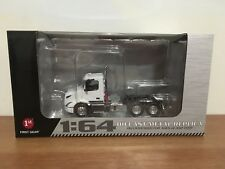 FIRST GEAR VOLVO VNR 300 DAYCAB WHITE 1:64 SCALE