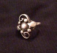 John L. Vintage Denmark 925 Sterling Silver Modernist Designer Leaf Berry Ring 6