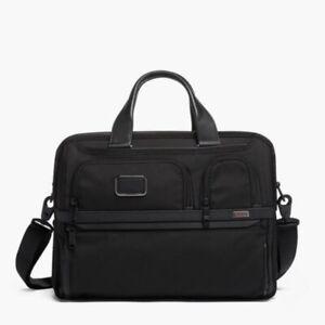 TUMI Alpha 3 expandable laptop briefcase Black/Black