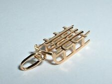 VINTAGE 18k YELLOW GOLD 3D WINTER SNOW SLED CHARM