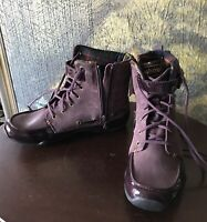 Hiking Boots Ahnu Womens New with Tags Suede Leather Lace-Up Zip Buckle Size 6