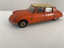 Citroën DS Dinky Toys 3e modèle 1/43