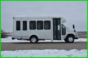 2012 Ford E-350 10 Passenger Paratransit Shuttle Bus Liquidation - Low Reserve