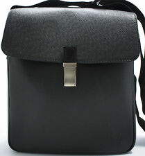 Louis Vuitton TAIGA YARANGA Camera Bag Messenger Tasche Shoulder Schultertasche
