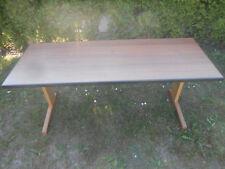Casala Kinderschreibtisch, alter stabiler Schulschreibtisch Kufentisch 130x50x60