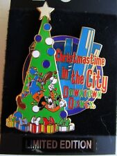 Pin 8599 Wdw - Christmastime in the City - Tree Trimmer Goofy Disney Le 1500
