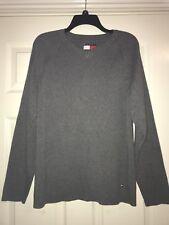 Men's Tommy Hilfiger Sweater Size Large