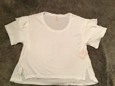 FREE PEOPLE,T-Shirt,size M !!! WHITE COLOR !!! NEW w/tags !!!