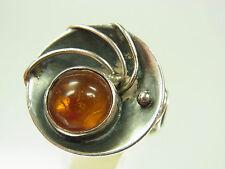 Schöner Designer Bernstein Ring 835 Silber honigfarben feine Fassung um 1970