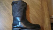BRAND NEW IN THE TB BOX TORY BURCH HELLER BOOT BLACK SIZE 9