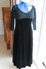 Dorothy Perkins Size 18 Black Velvet & Lace calf length dress sleeves Good Cond