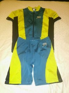 Mens Speedo/Specialized Cycling top and shorts size m 2 piece