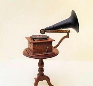 Dollhouse Miniature Nantasy Fantasy Gramophone ~ 1/12 Scale
