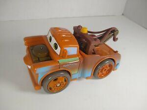 Shake N Go Disney's Cars Tow Mater Race Car Mattel 2005 Works!