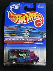 Hot Wheels 1999 Street Art Series 3/4 Ambulance #951 (400)