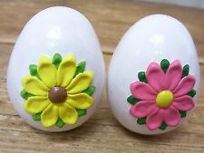 2 Decorative Easter Egg Ceramic Pottery Pink Yellow Flower Daisy Hollow