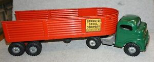 "Vintage Structo Steel Company Semi Truck c3044 RED trailer ""CAB PAINTED GREEN"""
