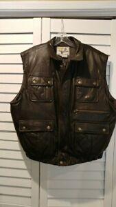 Cabela's Leather Goose Down fill hunting vest multiple pockets  Size  L