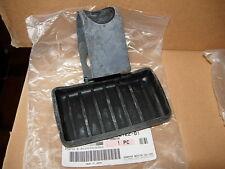 YAMAHA  XT 500  BATTERIE AUFLAGE GUMMI  SEAT, BATTERY DAMPER  1E6-82122