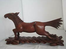 STUNNING VINTAGE CARVED WOOD HORSE SCULPTURE WITH GLASS EYES