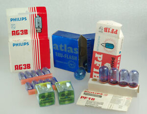 Vintage Flash Bulbs and Cubes, 21 Various Sizes & Types, Please See Description