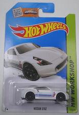 1/64 Hot wheels Nissan 370Z white