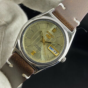 Vintage Seiko 5 Automatic 21 Jewels Cal.7S26A Day Date Men's Wrist Watch