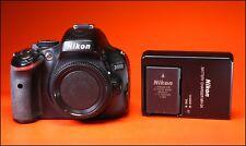 Cámara SLR Nikon D5100 16.2MP D y cargador de batería, gran condición Completamente Funcional