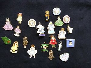 Lot of 22 Madame Alexander Doll Pins Brooches And Pendant