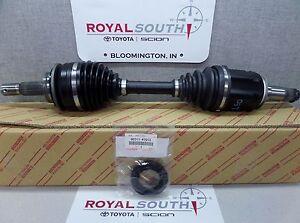 Toyota FJ Cruiser 07-09 Right Axle & Seal Set Genuine OEM OE