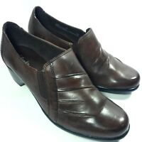 NICE Women's Clarks Slip-on Shoes Pumps Med. Heels-Brown Leather w/ Elastic- 8 M