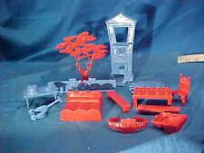 13 pc Orig 1950s MARX DISNEY TV PLAYHOUSE Plastic ACCESSORIES-TABLE-TREE-HOUSE