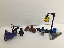 LEGO DC UNIVERSE SUPER HEROES SET—CATWOMAN—CAT CYCLE CITY CHASE, #6858