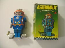 Vintage Astronaut Robot Tin Toy Wind-Up Robot Box Mib Space Captain Jmt54 China