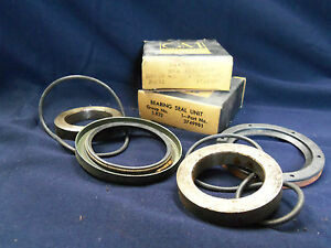 NOS1958 59 Corvette Rear Wheel seal bearing retainer Unit PAIR Biscayne