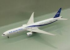 Phoenix 1/400 Air Austral France Boeing 777-300ER F-OREU die cast metal model